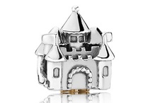 Charm Bracelet <3 Pandora & Michael Hill