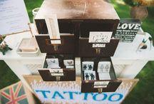 Bar à tatouages / Tatoo bar