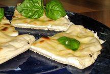 focacce e panini / focacce della tradizione italiana e panini sfizioso per picnic, stuzzichini, merende