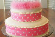 Pretty Cakes / by Katy Hamilton