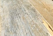 Reclaimed wood / We offer many types of reclaimed wood! Come checkout our backyard.