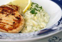 Risoto de arroz com limão siciliano e salmão grelhado