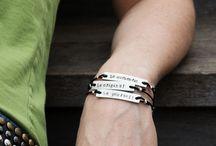 word_bracelet
