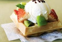 Yummy Desserts / by Jamie Reid
