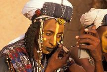 Wodaabe tribe / The Wodaabe or Mbororo are a North Nigerien tribe and a subgroup of the larger Fulani people. The Wodaabe speak the Fula language and don't use a written language. In the Fula language, woɗa means 'taboo', and Woɗaaɓe means 'people of the taboo'.