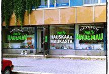 Eläintarvikkeet / Hau ja Mau liike Tuusulassa, Hyrylässä, Kauppatie 2