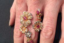 Shelia Bayes Fine Jewelers, Lexington / Flawless diamonds, service and clientele