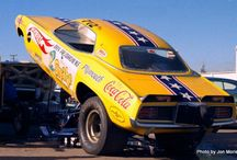 Old School Funny Cars / by Peter Tredo