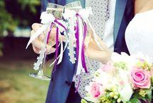 Свадьбы / Weddings / Яркость красок и эмоции близких, буйство цветов и непроходящее ощущение счастья - именно такими должны быть воспоминания от настоящей свадьбы! Но далеко не всегда удается красиво реализовать свои задумки или просто придумать яркую идею: свадебные приготовления и так отнимают много времени и сил. Именно поэтому вам нужна команда профессионалов, которая сможет не только создать уникальную концепцию праздника, но и полностью претворить ее в жизнь.