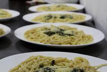 Cenas / En el Aji todos los dias te offrecemos cena gratis!! Siempre a las nueve te servimos un plato de comida rico!