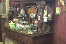 Antique Cottage@Simply Blessed 101 Pile St Clovis Nm / Carnival glass, Aladdin lamps stain glass, porcelain and metal signs, art,vintage baskets, hats, antique table cloths, and more!