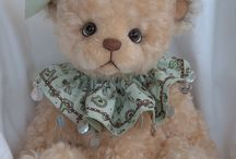 Toys: Bears / Pluche bears