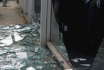 Camdır kırılır.Arayın yardımcı olalım, Mavi Cam, 0532 245 00 78 / cam,camcı, mağaza camı, dükkan camı, cam takma, cam değiştirme