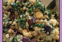 Spicy Kale with Quinoa and Black Beans / Salads