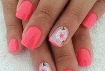 nails - floral