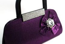 Trendy Clutch / Complete your party ensemble by teaming it with this party clutch. This clutch is a must have for every woman because it gives a definition to your outfit by making it look complete in every manner.
