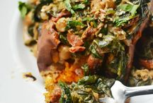 Vegetarian food / I am trying to get my parents on a more plant based diet, so this is just some inspiration for vegetarian food to make. If there are recipes that use meat, I probably saved them with the idea to substitute the meat for something vegetarian.