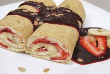 Wrap de frutas con coulis de frutos rojos