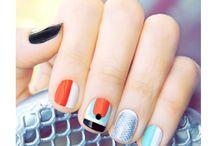 Hair & Crazy nails / by Kim Wilson