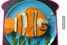 Kid Snacks / by Cretha Mathews