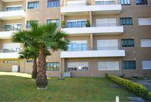 Apartamento T.2 em Oliveira do Douro / Apartamento com duas frentes (lateral e traseiras). Localizado numa zona habitacional muito calma junto ao parque da Lavandeira. Preço: 90000€