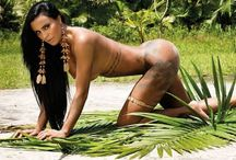 Lorena Bueri / Η sexy Lorena Bueri