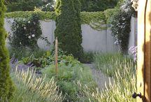 13.Herb_Gardens