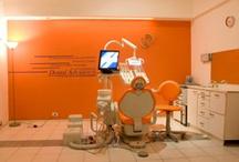 Consultorios de Dental Advance / Consultorio Dental Advance SEDE BUENOS AIRES | Capital Federal Av. Santa Fe 1907, 1º B, C.P. C1123AAB,  Tel.: +54 11 4815 4442 Av. Cabildo 2758, 1er Piso, C.P. C1123AAB,  Tel.: +54 11 4787 9123 SEDE MISIONES | Posadas Alvear 1272, C.P. 3300, Tel.: +54 37 52 42 93 05 SEDE MISIONES | Puerto Rico Av. San Martin 2927, C.P. 3334,  Tel.: +54 37 43 42 08 63