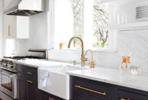 Kitchen Decor / Inspiration for a modern a bright kitchen