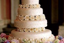 Wedding cake / by Laurel Weddings