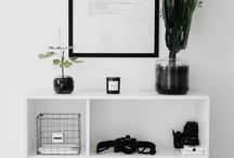 Monochromatic decorating