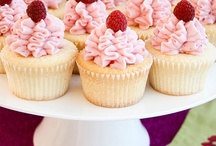 Cupcakes / by Amy Hufstedler