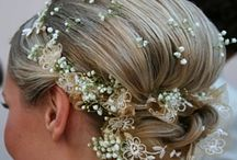 Flower Wedding Ideas / For the bride who loves flowers for her wedding.