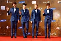 CN Blue / Yonghwa, Jonghyun, Jungshin, Minhyuk. Bias: Jonghyun