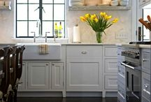 KITCHEN DECORATING IDEAS / by Shellie Denham