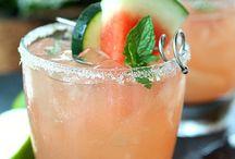 Drinks / by Becky Zelada