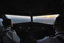 Διεθνές Αεροδρόμιο Πάφου ο νέος AEGEAN προορισμός / Με μια πολύ σύντομη βραδινή πτήση της Aegean η Αθήνα συνδέθηκε χθες το βράδυ με την Πάφο της Κύπρου η πρώτη πτήση από την Πάφο στην Αθήνα έγινε νωρίς σήμερα το πρωί, το δρομολόγιο θα εκτελείται τέσσερις φορές την εβδομάδα. Σας παρουσιάζω τα στοιχεία της πτήσης. Από Αθήνα προς Πάφος 22:25 Αθήνα Ελ. Βενιζέλος 23:55 Πάφος Int. Airport A3912 Διάρκεια Πτήσης 1h 30m Από Πάφος προς Αθήνα 05:00 Πάφος Int. Airport 06:40 Αθήνα Ελ. Βενιζέλος Α3913 Διάρκεια Πτήσης 1h 40m