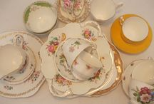 Vintage China / Make your own cake stand from vintage china