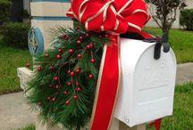 Holiday Decor / by Cari Turchiano