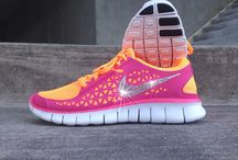 Women's Glitter Nike Shoes