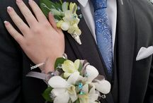 Custom Corsages & Boutonnieres