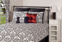 Twin XL Coverlet Quilts and Duvet Cover Sets for College / Find trendy, comfortable, and quality true twin XL bedding that is sure to fit a twin XL bed in your college dorm room!