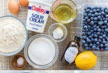 slow cooker: lemon and berry cake Natasha's