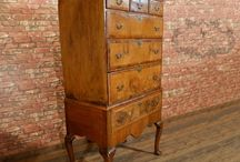 Antique Chest of Drawers / A selection of Antique Chest of Drawers from London Fine Antiques