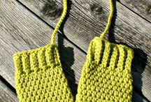 Crochet Baby Mittens and Gloves for Mamma's DIY