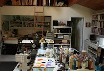 Art studios / One day i want an art studio and gallery. Here are some ideas.