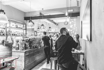 Caffetteria Piansa Gioberti / L'atmosfera della Caffetteria Piansa, sita in via gioberti, raccontata per immagini. Vi aspettiamo.
