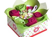 Playtime Bouquets / Beautiful gift boxes for the newborn baby including 3 singlets, a beanie, 2 bibs, and a pair of socks