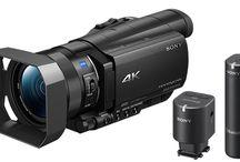 Kiralık Kamera / Sony 4K FDR AX 100 kamera ile çekimler yapmaktayız FULL HD ( 1920 x 1080 ) ve 4K ( 3840 x 2160 ) Çözünürlük Tripod ayak 64 GB hafıza kartı 2 saate yakın kesintisiz çekim Aynı zamanda bu kamera ve yaka mikrofonu kiralayabilirsiniz Kullandığımız Yaka Mikrofonu Sony ECM-W1M 100 metre mesafeye kadar net ses kaydı yapan kablosuz mikrofon