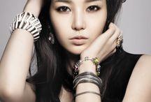 Beautiful Asian (美女)